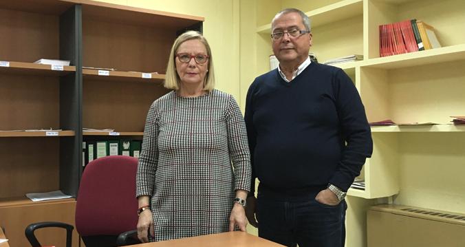 Amalia y Manuel, en la sede de UGT Andalucía.