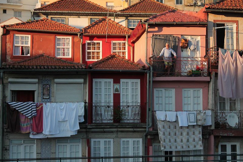 Balcones en la ribera del Duero, Oporto. FOTO: Mamen Hidalgo