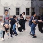 Bailando delante del Museo CCCB, Barcelona.