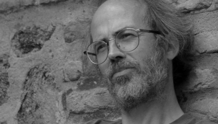 Enrique Falcón y la crónica de un apocalipsis anunciado